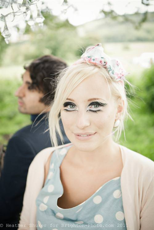 A Retro Styled Love Shoot ~ UK Wedding Blog ~ Whimsical Wonderland Weddings